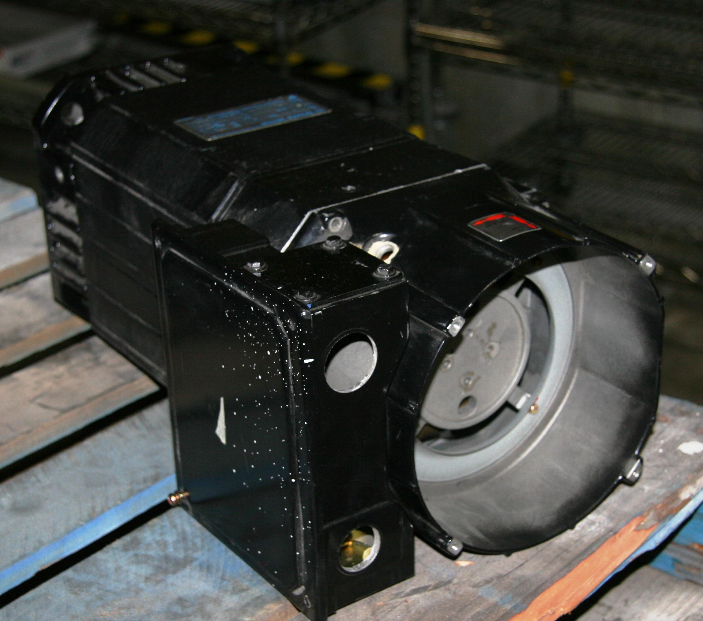 1) Used Yaskawa Electric Corp  UAASKA-11LYA31 AC Spindle