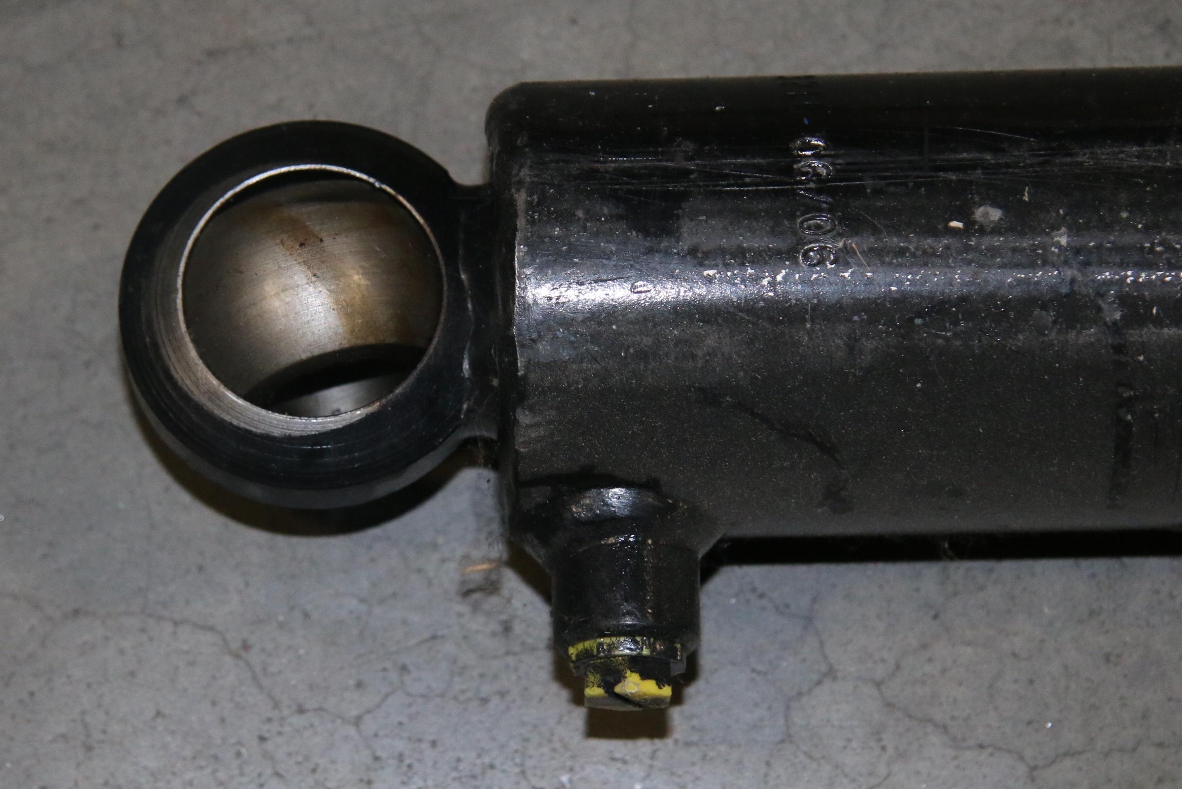 (1) Used Nilfisk Cylinder Hopper Lift Variable Part Number: 7-17-05014