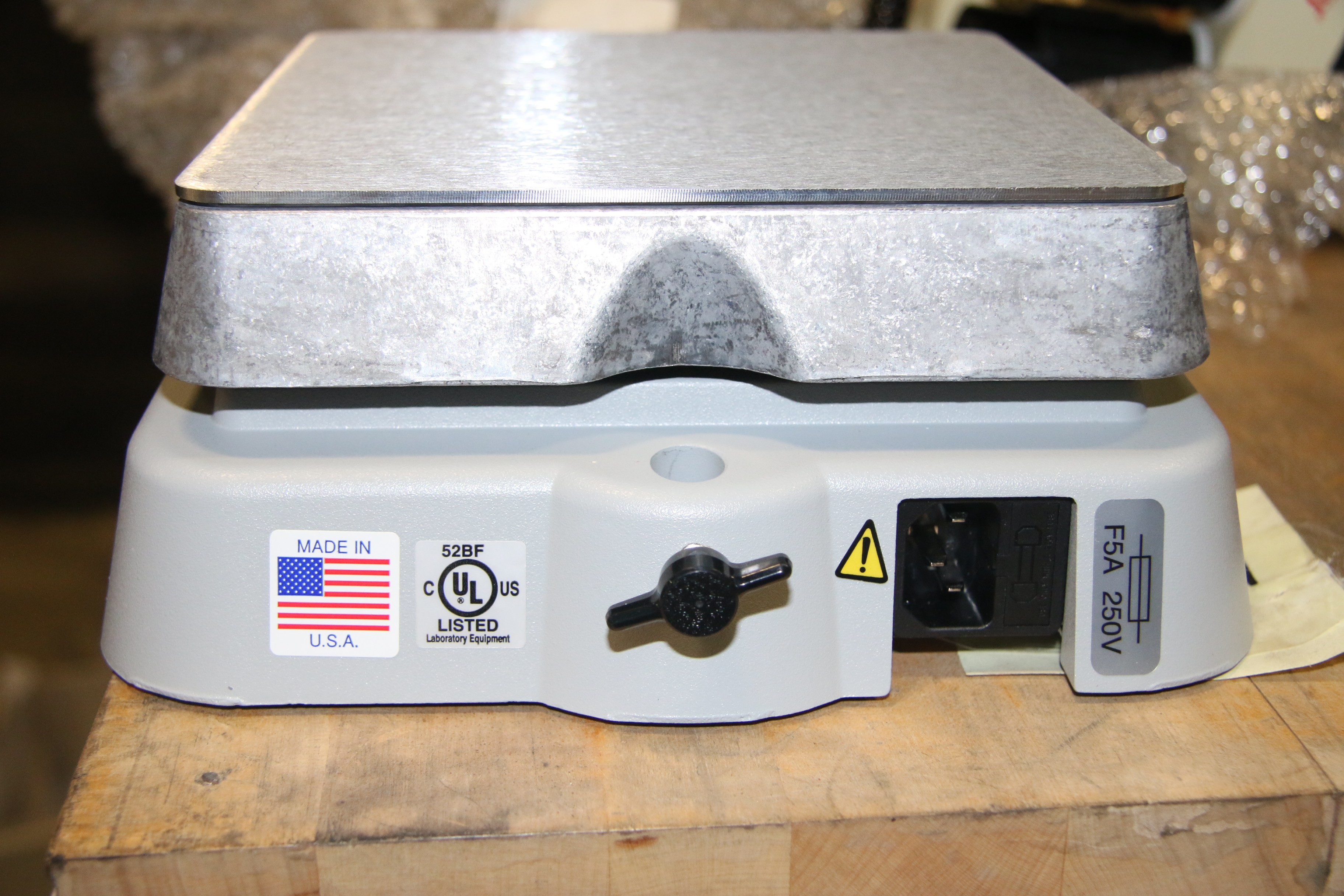 (1) Used VWR International 600 Standard Series Hotplate/ Stirrer