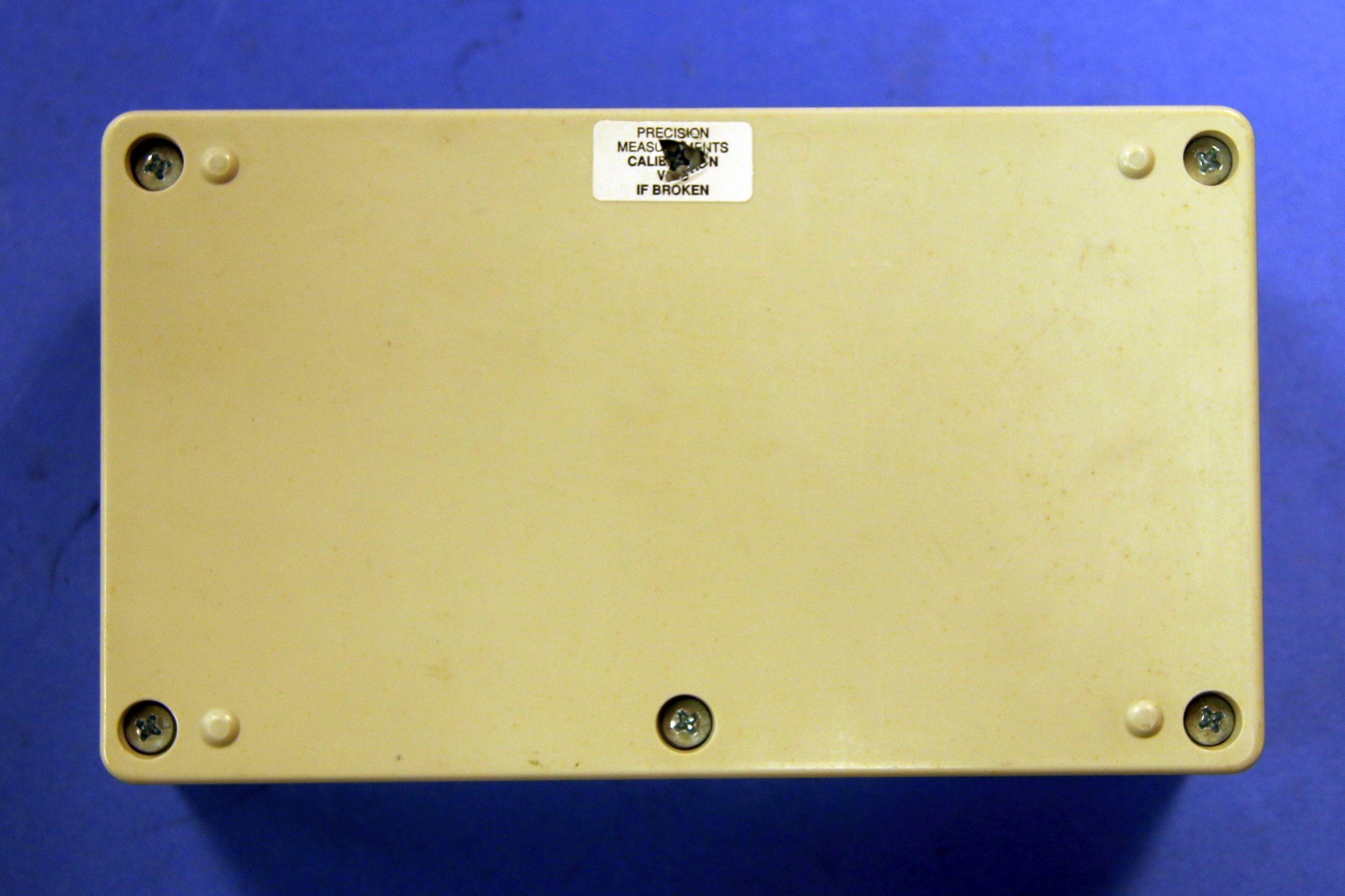(1) Used RC-Box RCS-500 Resistance-Capacitance Substituter