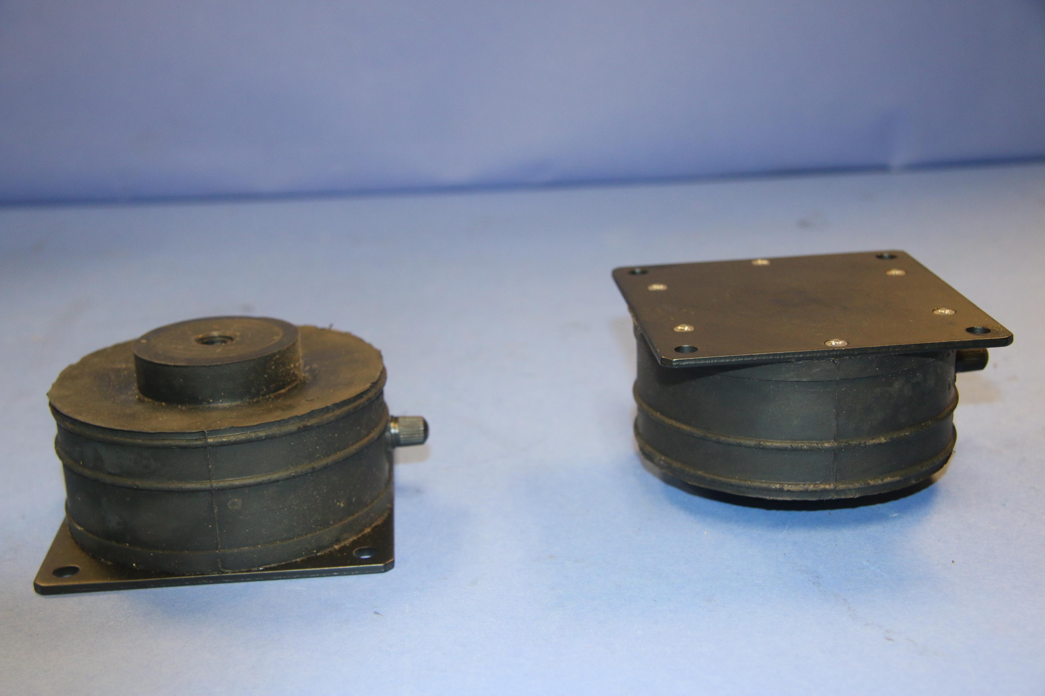 (6) Used Stabl-Levl SLM-1 Vibration Isolation Pads