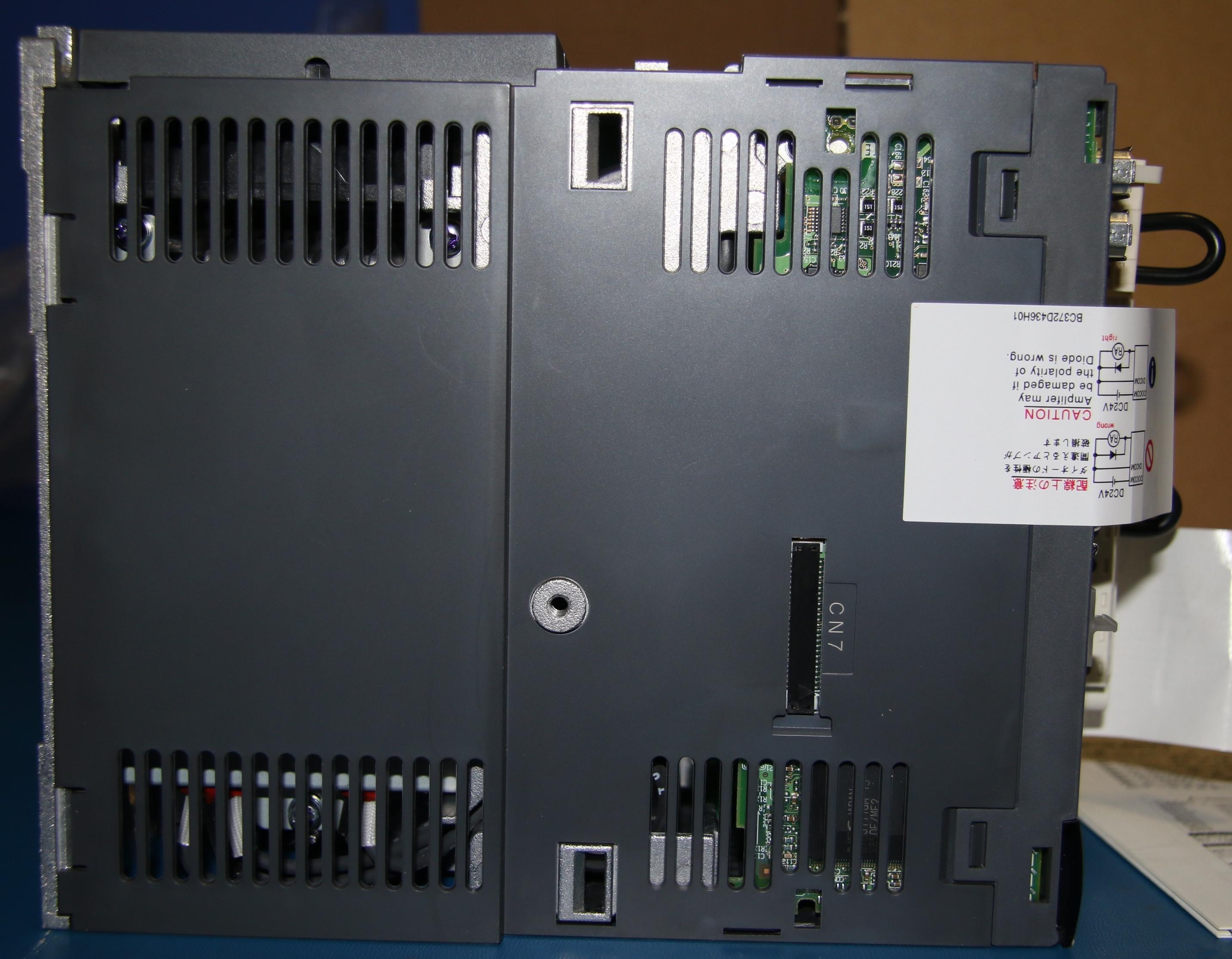 (1) New Mitsubishi MR-J3-200A-RJ158 And Mitsubishi MR-J3-T04 15072
