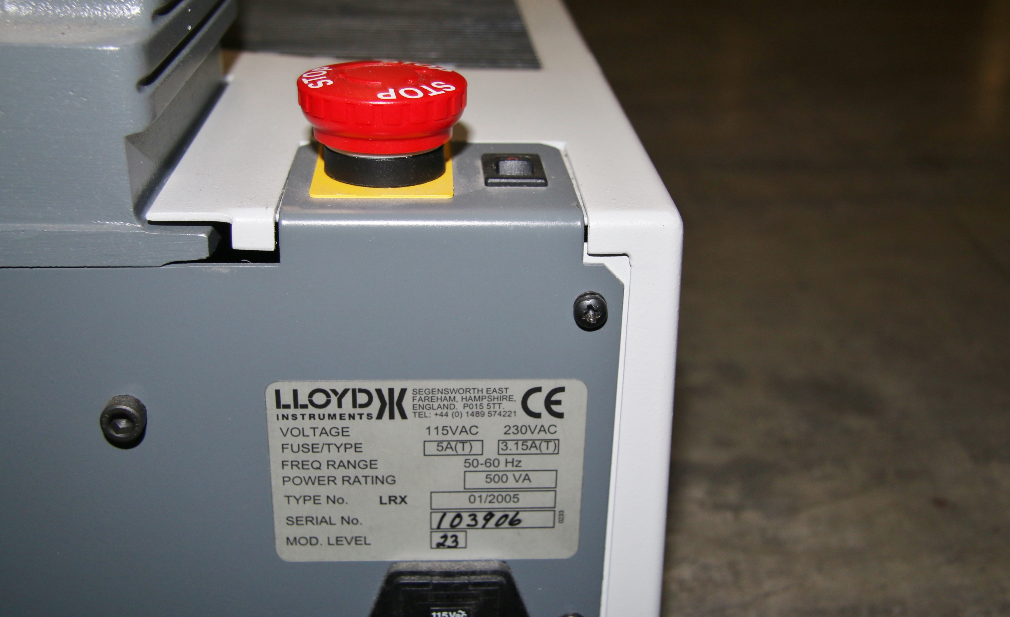 (1) Used Chatillon LRX Universal Testing System With PC 15948