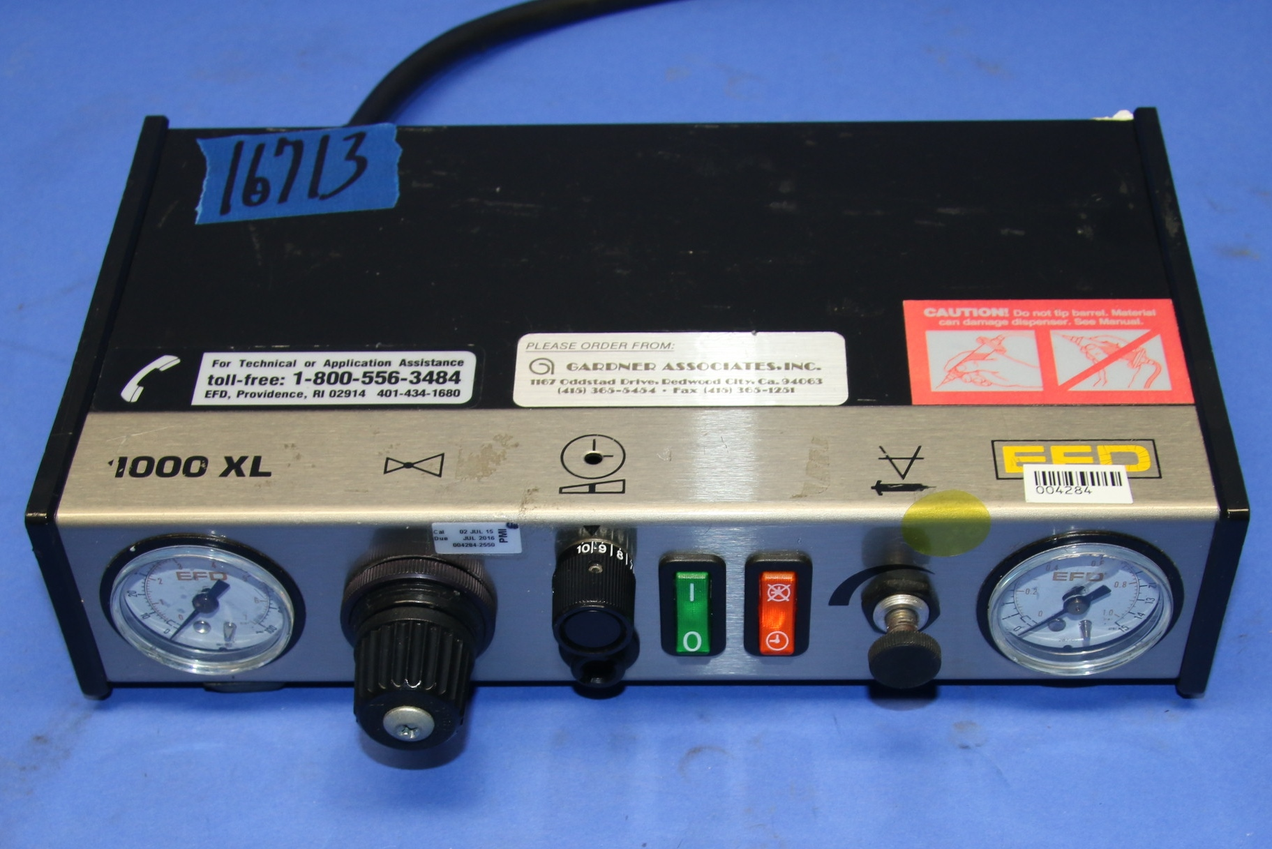 (1) Used EFD 1000XL Electronic Fluid Adhesive Dispenser 16713
