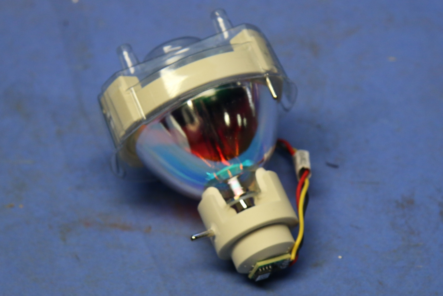 (1) New Lumen Dynamics 100 Watt Mercury ARC 17273