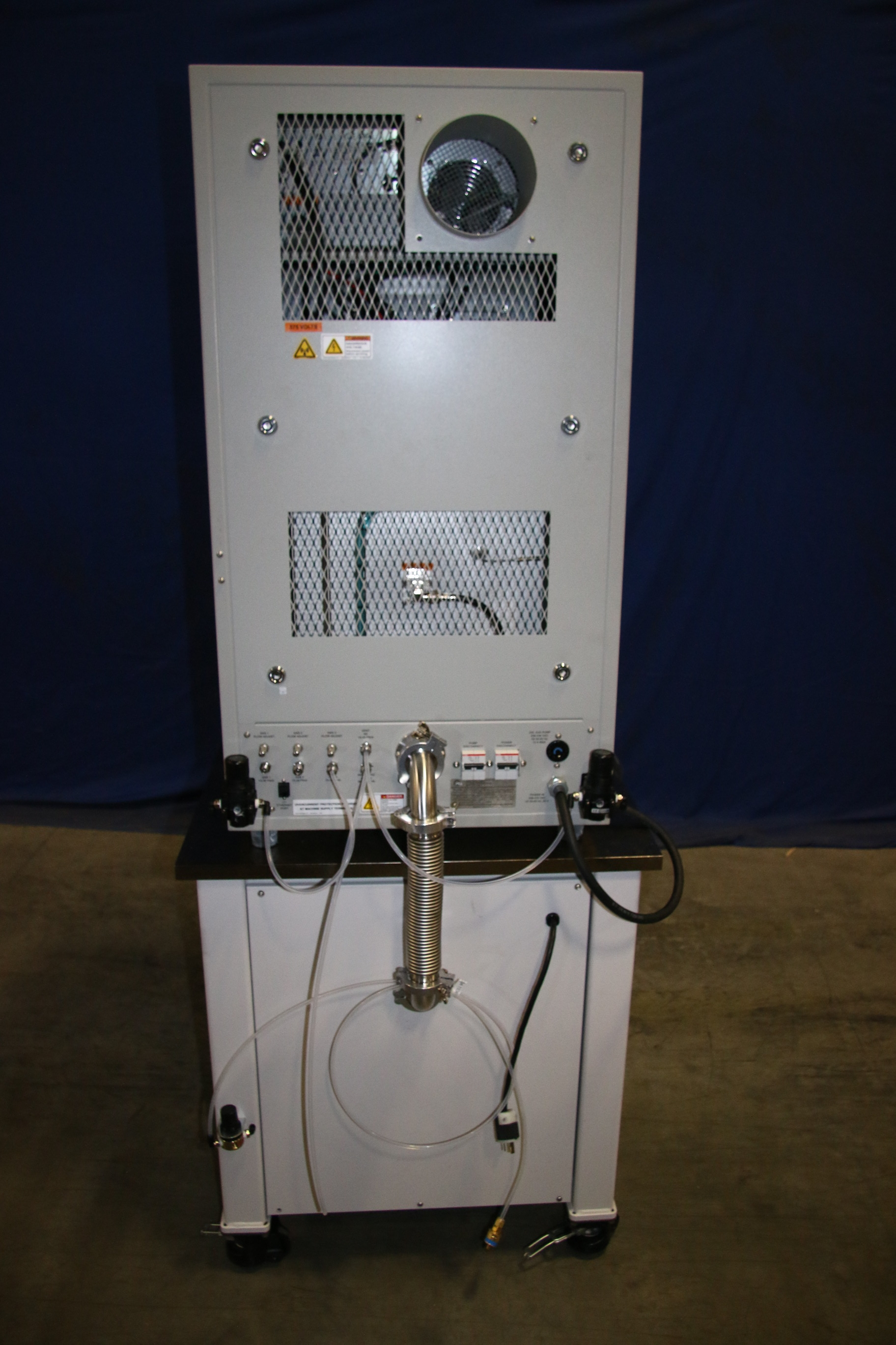 Used Yes-G1000 VLF Plasma Cleaning Center With Pascal 2021C2 ADIXEN  Vacuum Pump