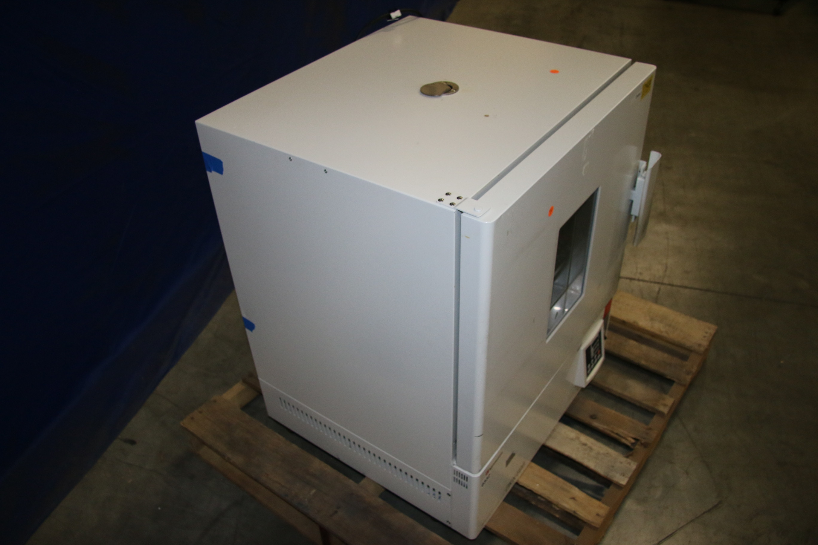 Used Yamato DKN600 Mechanical Convection Oven 17454