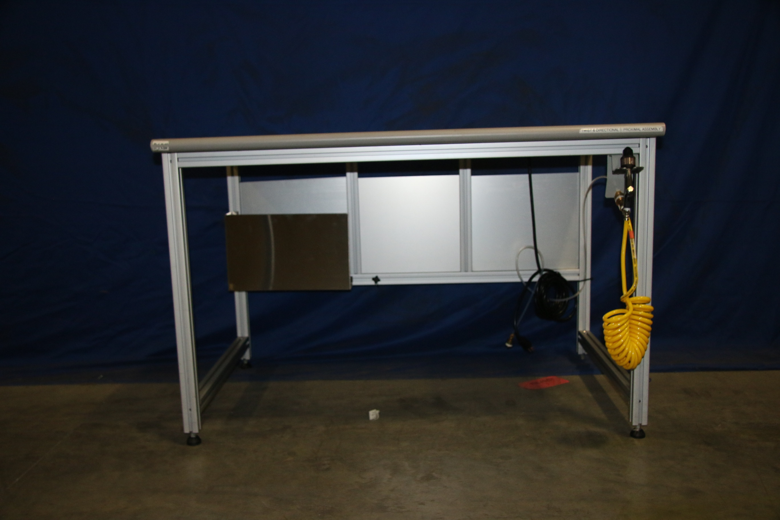 Used 80/20 T-Slotted Aluminum Frame 48″ x 31″ x 32″ Custom Work Bench 17484