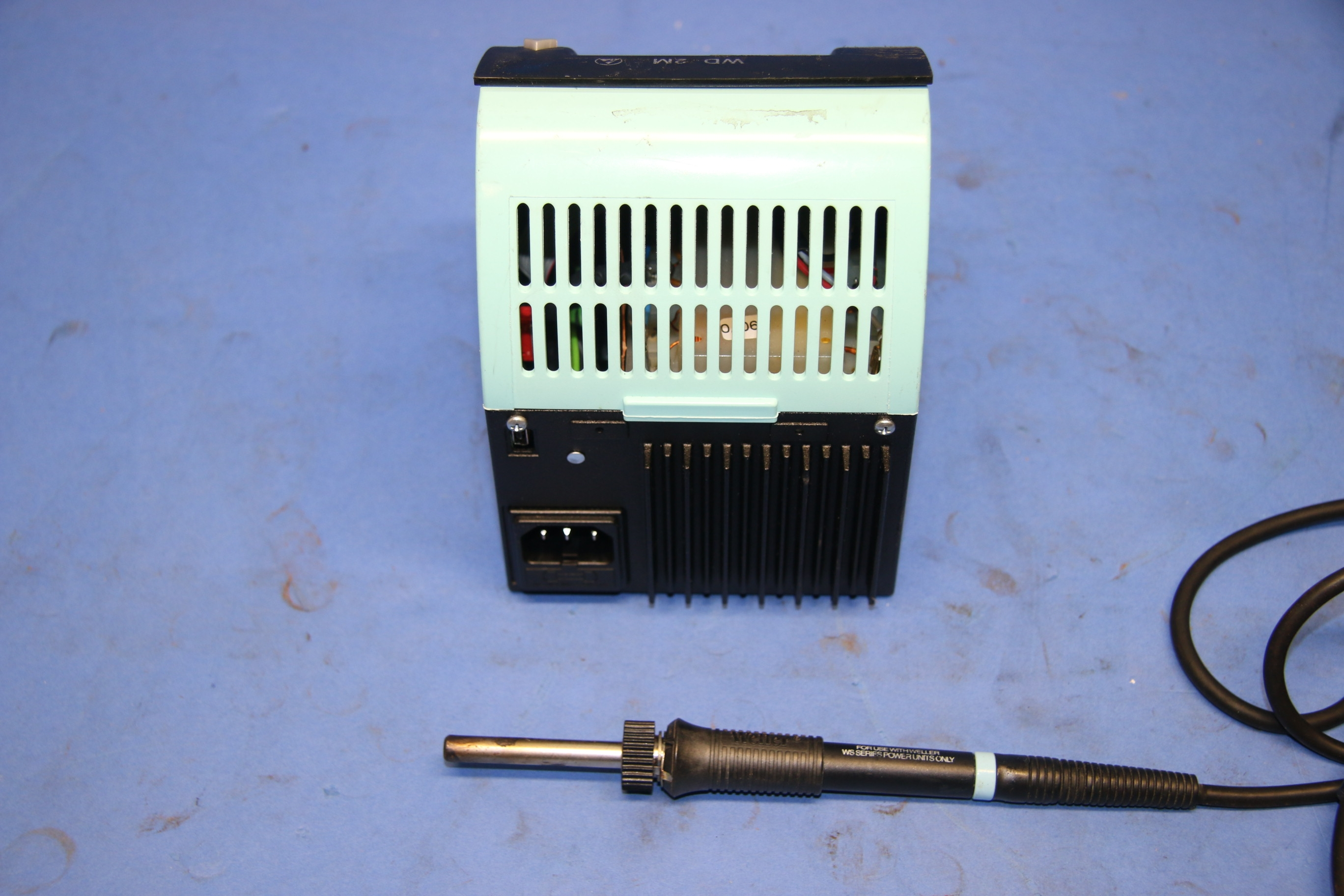 Used Weller WD 2M Soldering System With Power Unit 17600