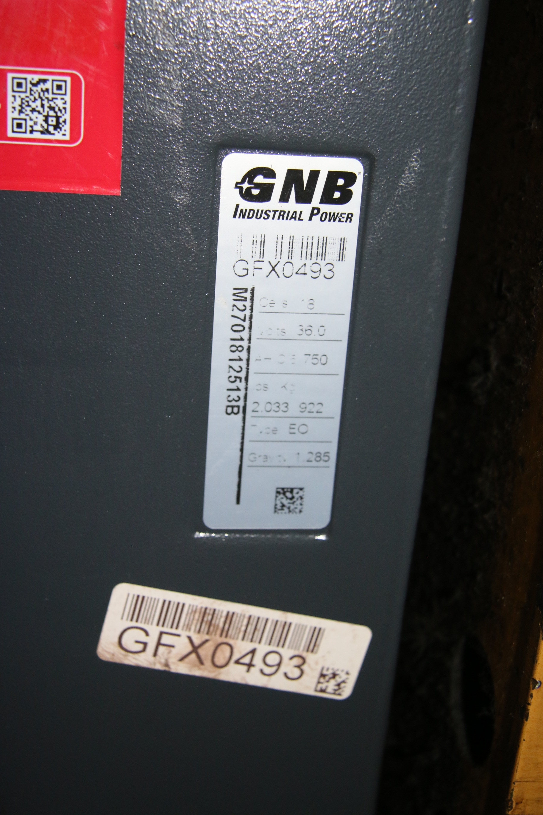 Used Cat NRR40 Reach ForkLift With New Battery 17773